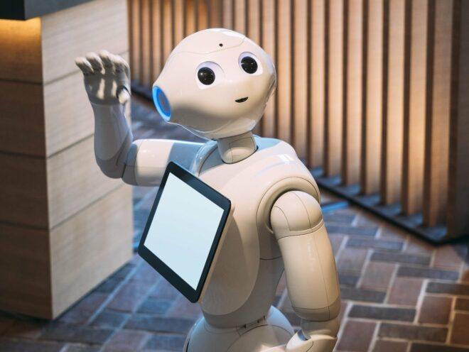 Smart Hospitals - Roboter entlasten Pflegekräfte, indem sie Service-Leistungen übernehmen